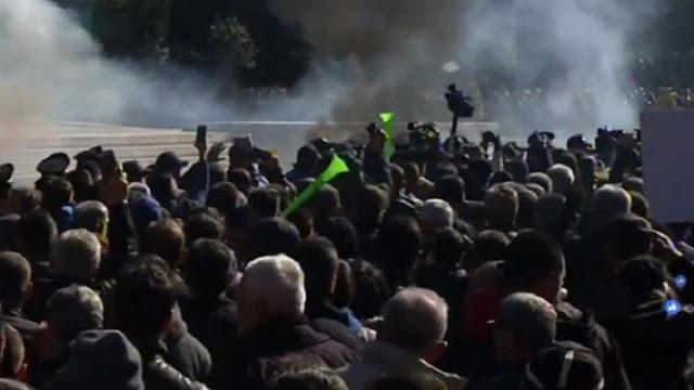 Επεισόδια στο Πρωθυπουργικό Μέγαρο της Αλβανίας – ΤΩΡΑ