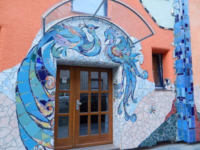 http://taxi-juergen.blogspot.de/2010/05/tolle-wohnhausinitiative-krahestr-12.html