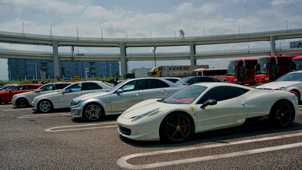 Ferrari Parade At Daikoku Parking Area Cars Wallpaper