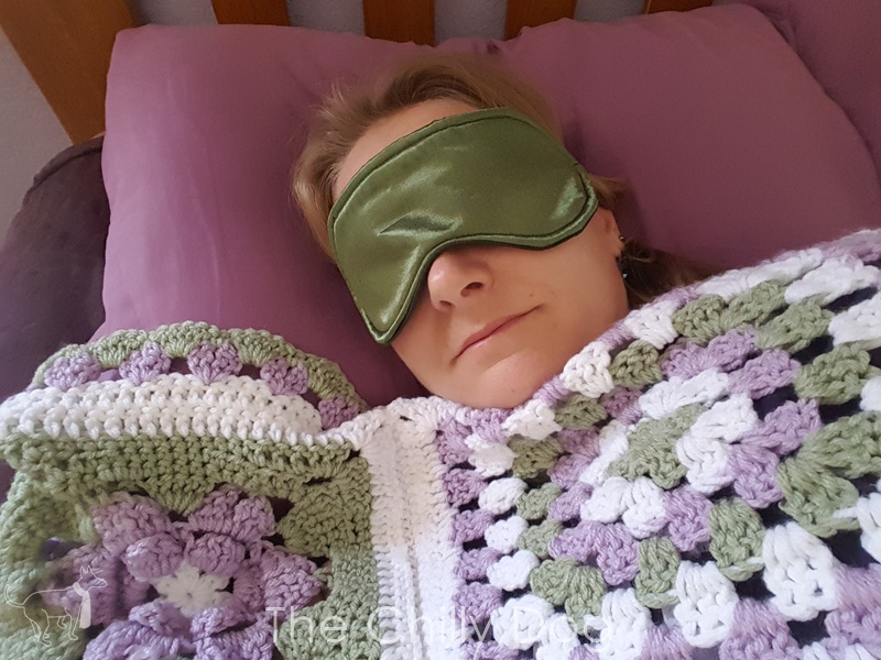 Sewing Pattern: Sleep Mask | The Chilly Dog