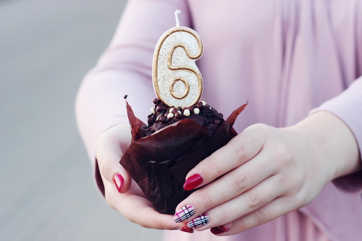 6 lat bloga stylizacja półbuty gemre róż świeczka