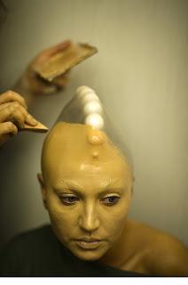 desfile de modas alienigena maquillaje