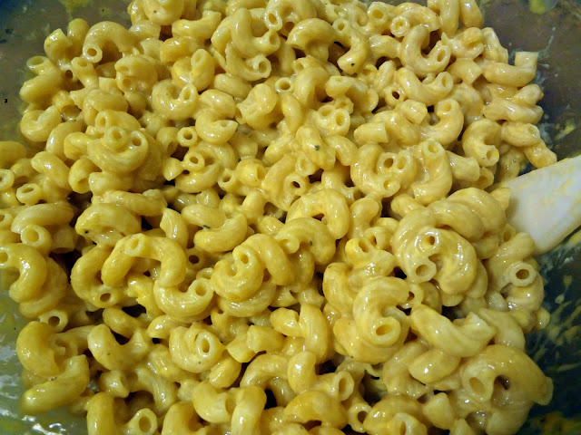 Quick and Easy Mac and Cheesey