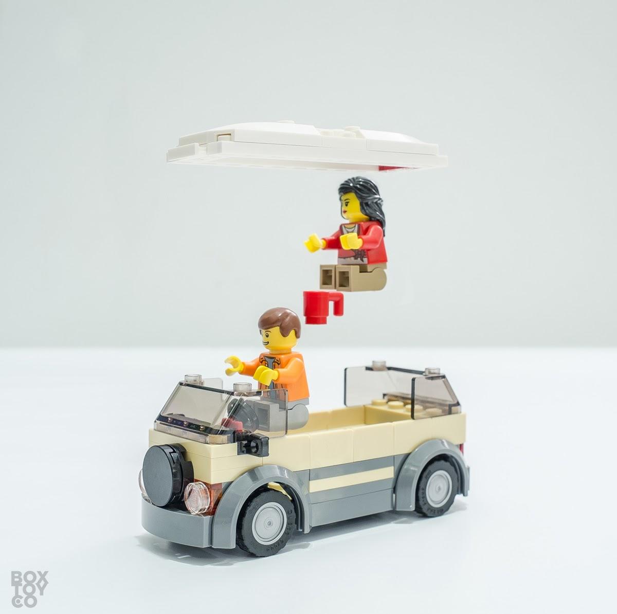 LEGO Camper Van City Garage 4207 BoxToyCo