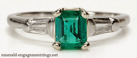 A Short Guide To Buy Emerald Engagement Rings