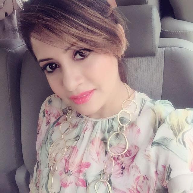 Miss Pooja-Miss Pooja Famous Punjabi Singer Pictures, Wallpaper