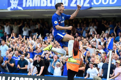 Tiếp tục tỏa sáng, Morata lập kỷ lục mới cùng Chelsea