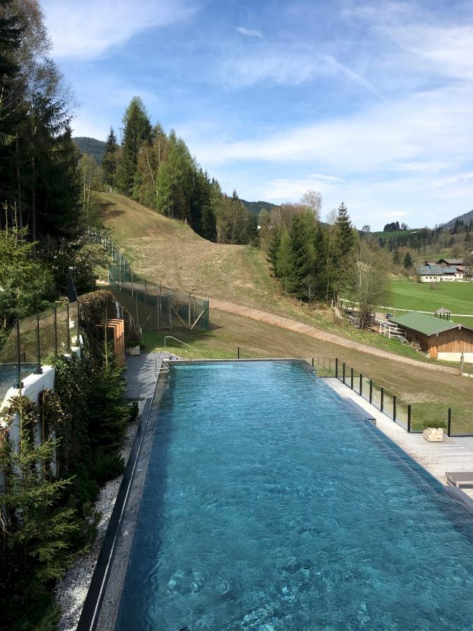 Naturhotel Forsthofgut Leogang Pool