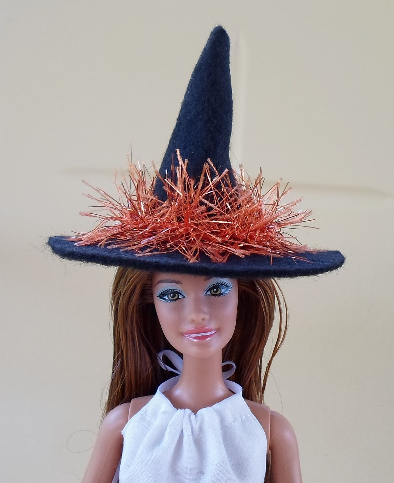Felt Witch Hat for Barbie  sc 1 st  Happier Than A Pig In Mud & Happier Than A Pig In Mud: Felt Witch Hat for Barbie