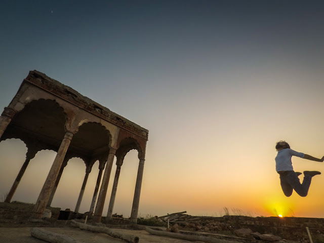 review tijara fort rajasthan neemrana photo