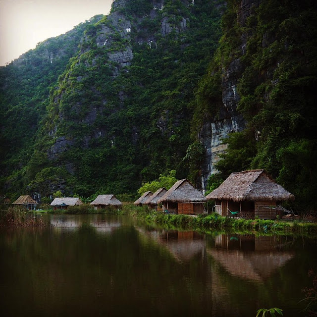 The most romantic lake in North Vietnam 3