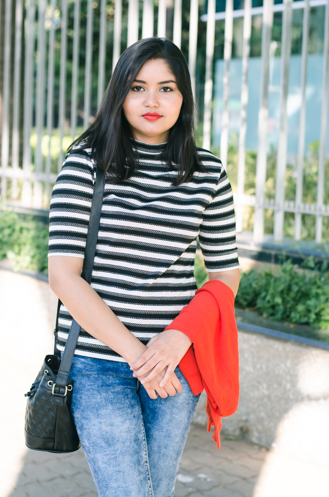 Breton-Stripes-Ripped-Knee-Jeans-and-Ballet-Flats