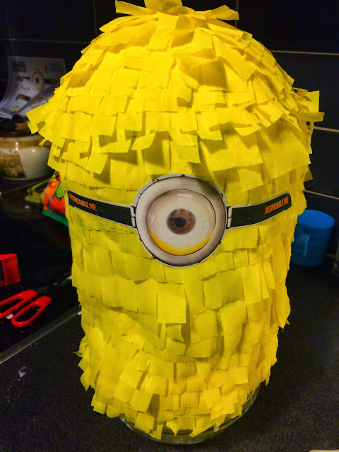 Ioanna's Notebook - DIY Minion Pinata tutorial