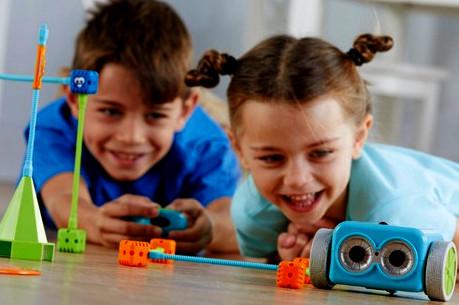 taroudant24 - علماء: عوالم الأطفال خيالية تعكس إبداعا إيجابيا