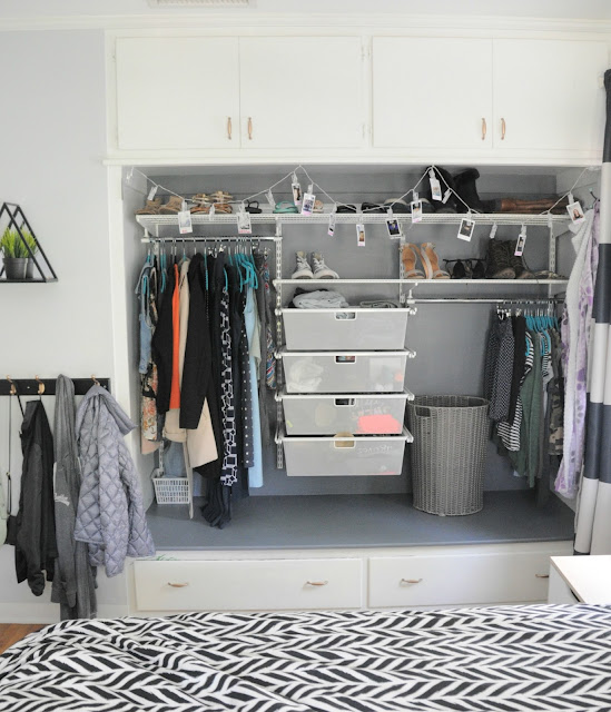 Teenaged Girl's Closet in Gray using Elfa System