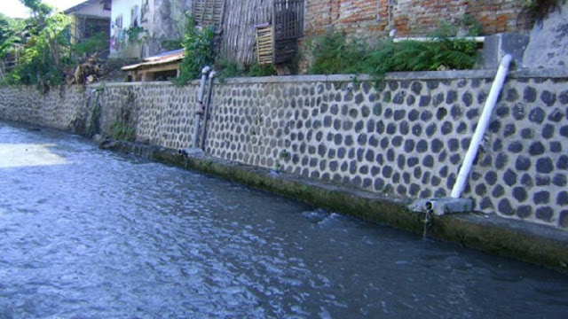Sungai Kalilo Banyuwangi.