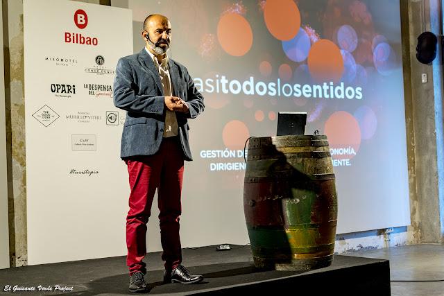 Javier Serrano de Casi todos los Sentidos en Turistopia 2018 - Bilbao por El Guisante Verde Project