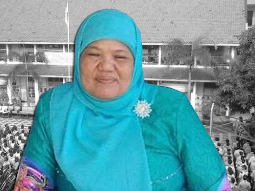 Anne Sukmawati Kepala Sekolah SMKN 11 Bandung