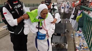 Jemaah Haji PLM Kloter 1 Tiba di Tanah Air