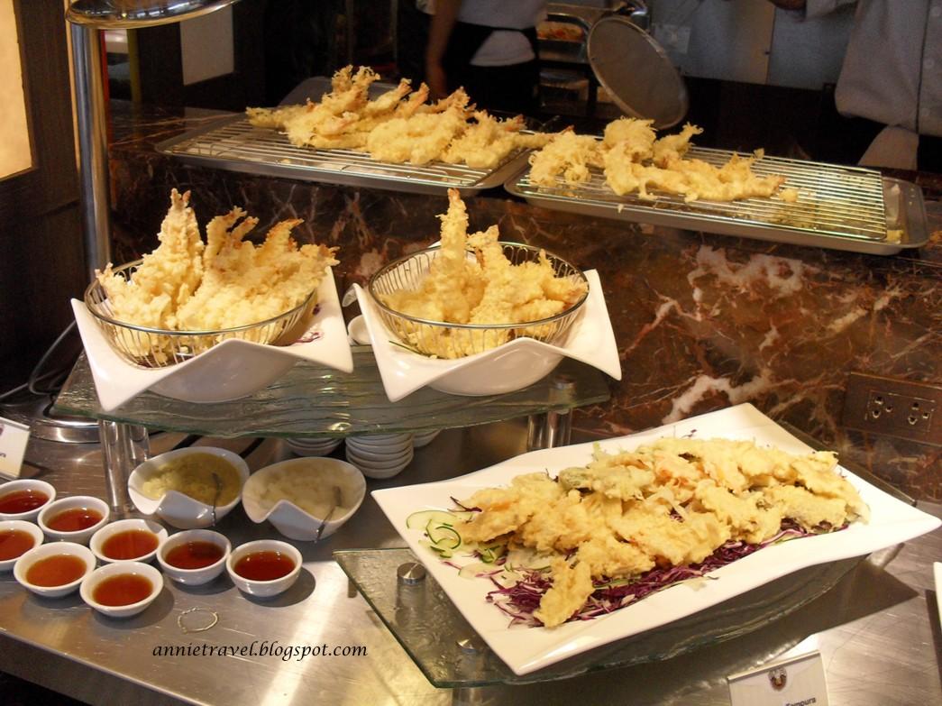 annie travel Vikings  LuxuryBuffet Restaurant in Mall