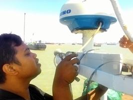 pemasangan gps satelit di kapal