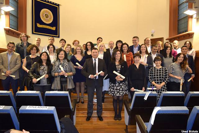 Graduados del centro asociado de la Uned en Bizkaia