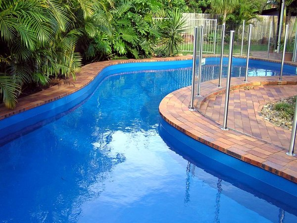 Colors of paint for swimming pools 7