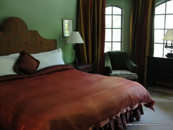 guest room at Hotel Los Gatos in Los Gatos, California