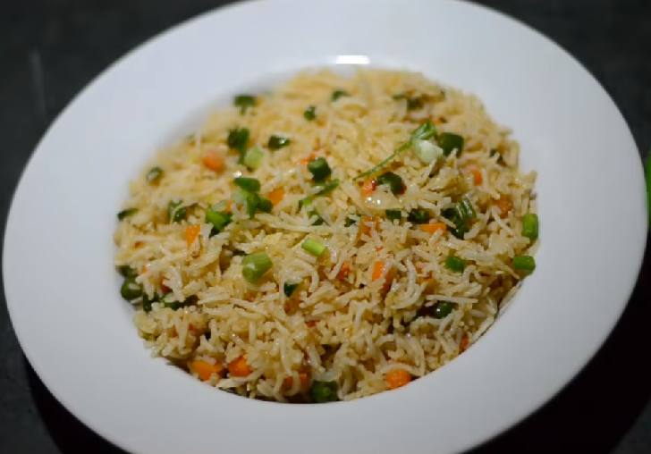 FRIED VEGETARIAN RICE DISH
