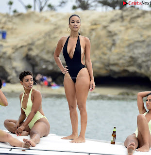 Draya+Michele+in+a+sexy+swimsuit+yacht+soft+beautiful+boobs+in+newport+beach+2018-09-15%7ECelebrityBooty.co+Exclusive+Celebrity+Pics+004.jpg