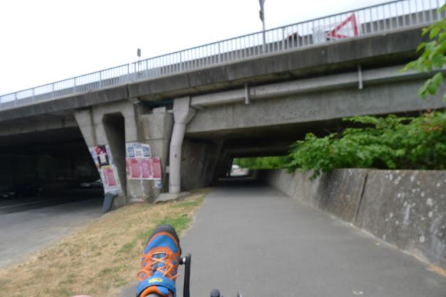 De Paris à Angers par la Loire à vélo, Tours