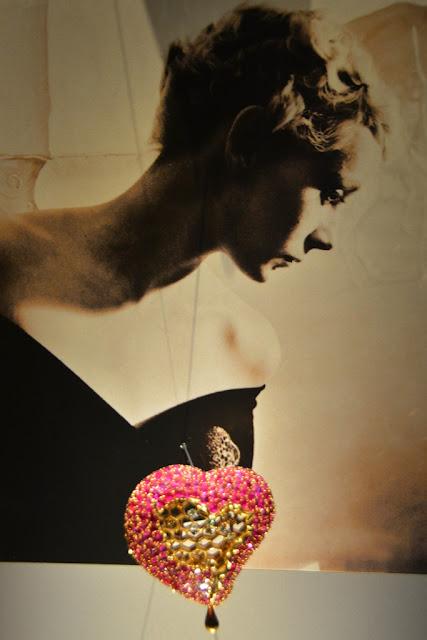 Dali Jewelry heart