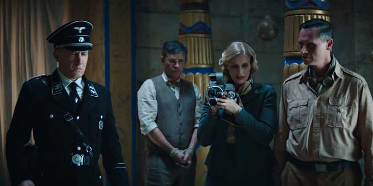 The Nazis and Dr. Langford wait for Aset's prize.