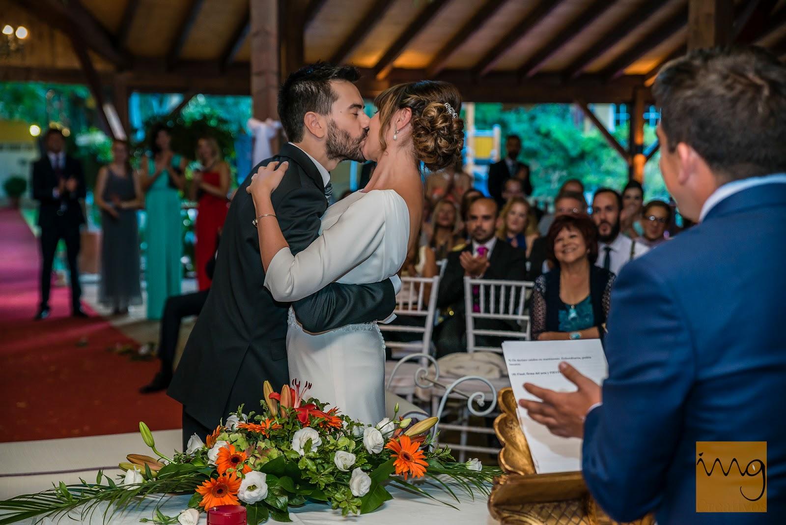 Puedes besar a la novia
