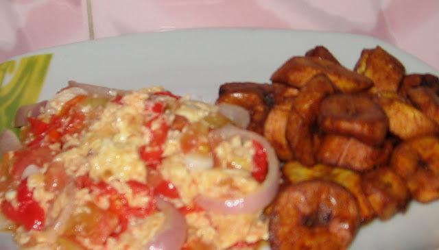 Onion Egg Tomato Stew With Ripe Plantain