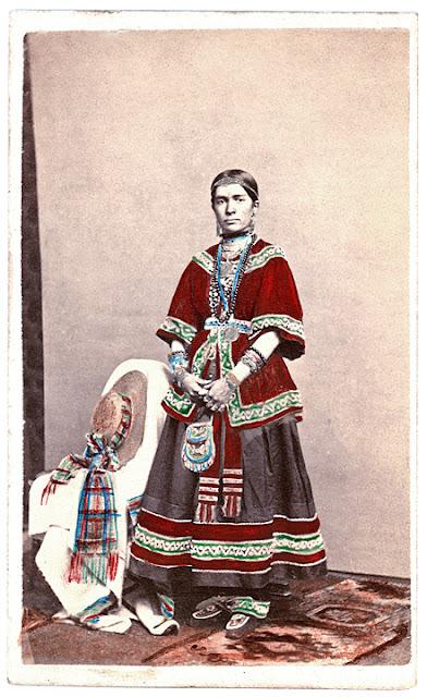 Historic Iroquois And Wabanaki Beadwork Unusual 19th