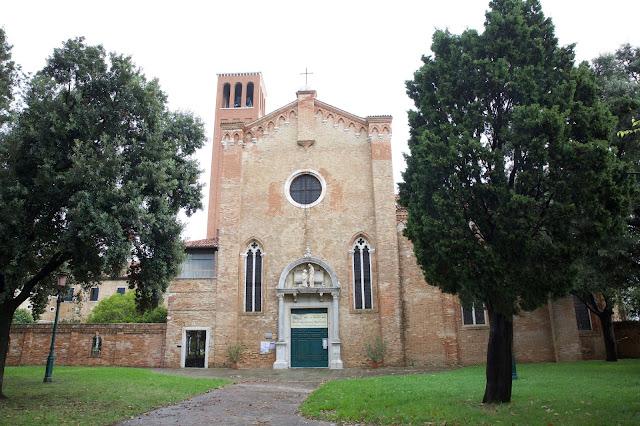 Το ιερό σκήνωμα της Αγίας Ελένης (10) https://leipsanothiki.blogspot.be/