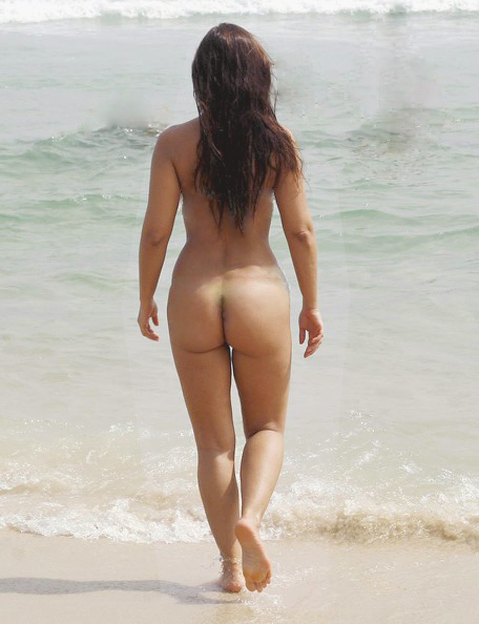 Nana Gouvea Showing Off Her Bikini Body In Rio (Photoshop)
