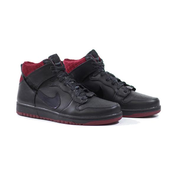 super popular 4088c 8483f Nike Dunk CMFT Premium QS. Coffin. Black, Black, Team Red. 716714-003