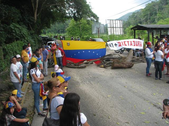 Sala Constitucional abre juicio a ocho alcaldes venezolanos por permitir cierre de vías en sus municipios