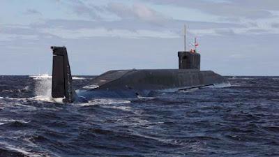 gambar kapal selam