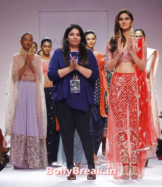 Payal Singhal with Vaani Kapoor, Vaani Kapoor Lakme Fashion Week 2014 Pics in Bikini Bra Choli