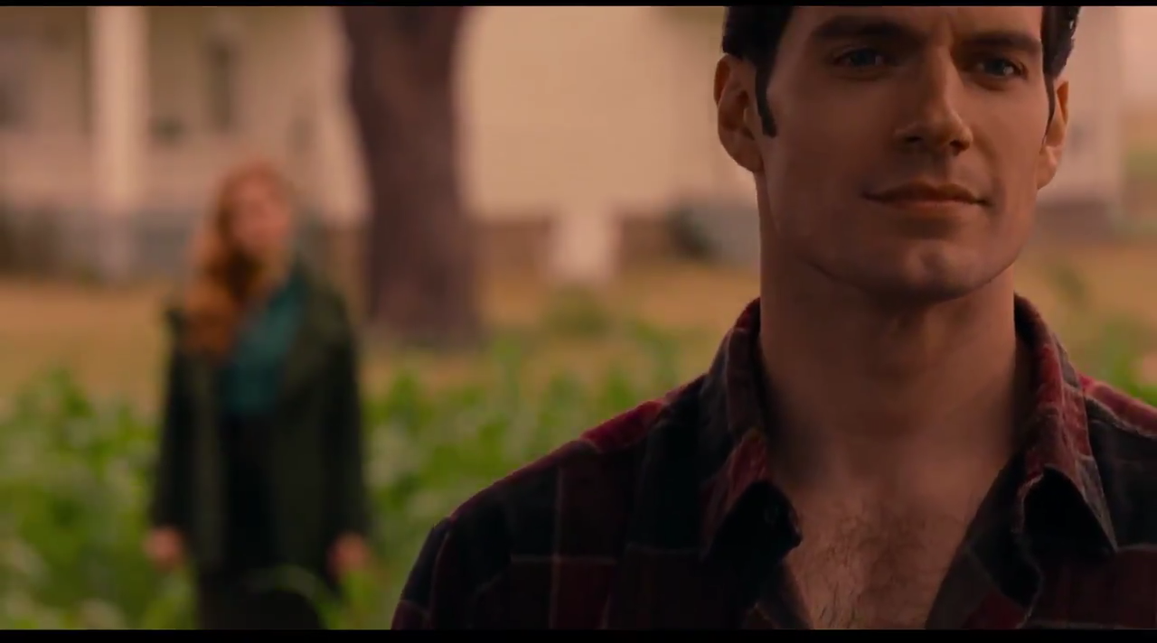 New Justice League Trailer Show First Look At Clark Kent But Not Superman.