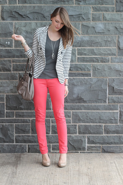 http://www.divinaejecutiva.com/2015/02/divitips-como-combino-pantalones-fresa/