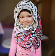 gambar anak kecil muslim cantik