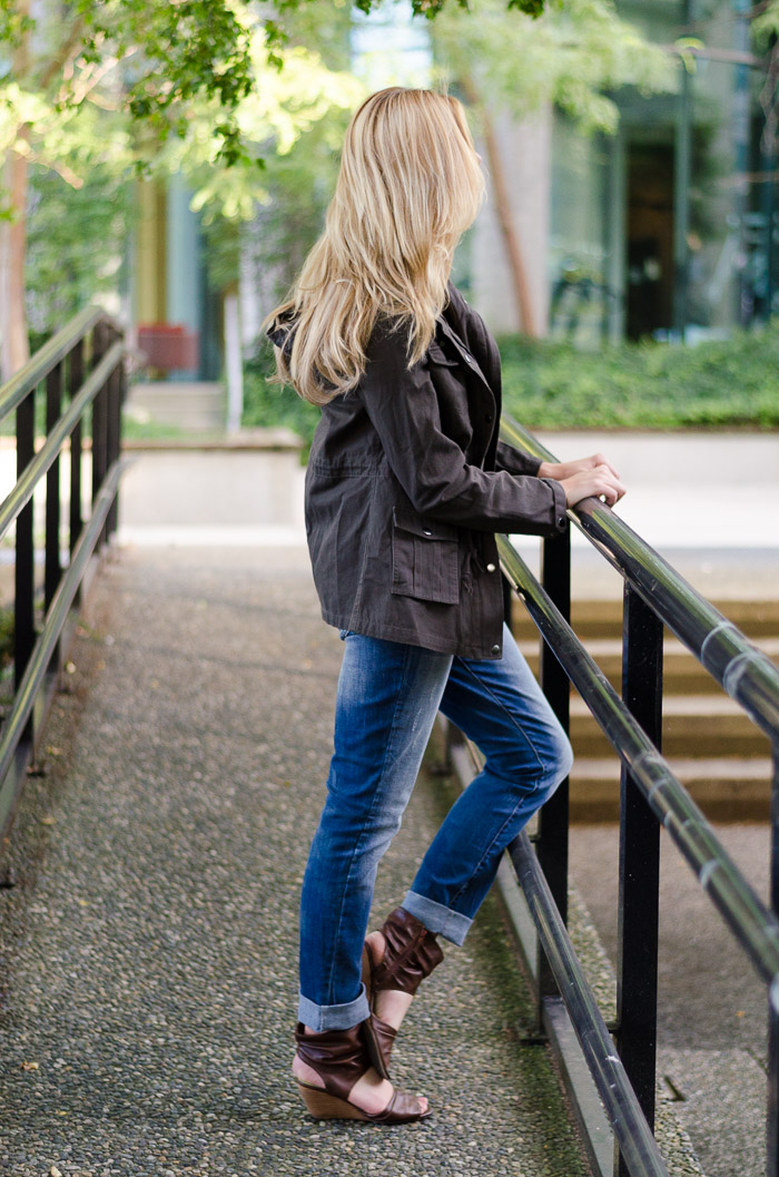 Slouchy Boyfriend Jeans Outfit Ideas
