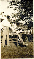 Kerrville man and dog 1908