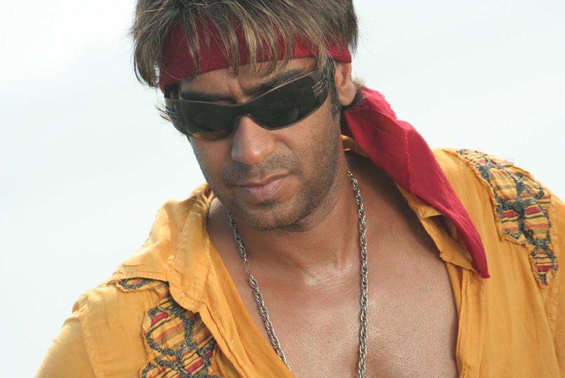 Ajay devgan in singham | hd bollywood actors wallpapers for mobile.