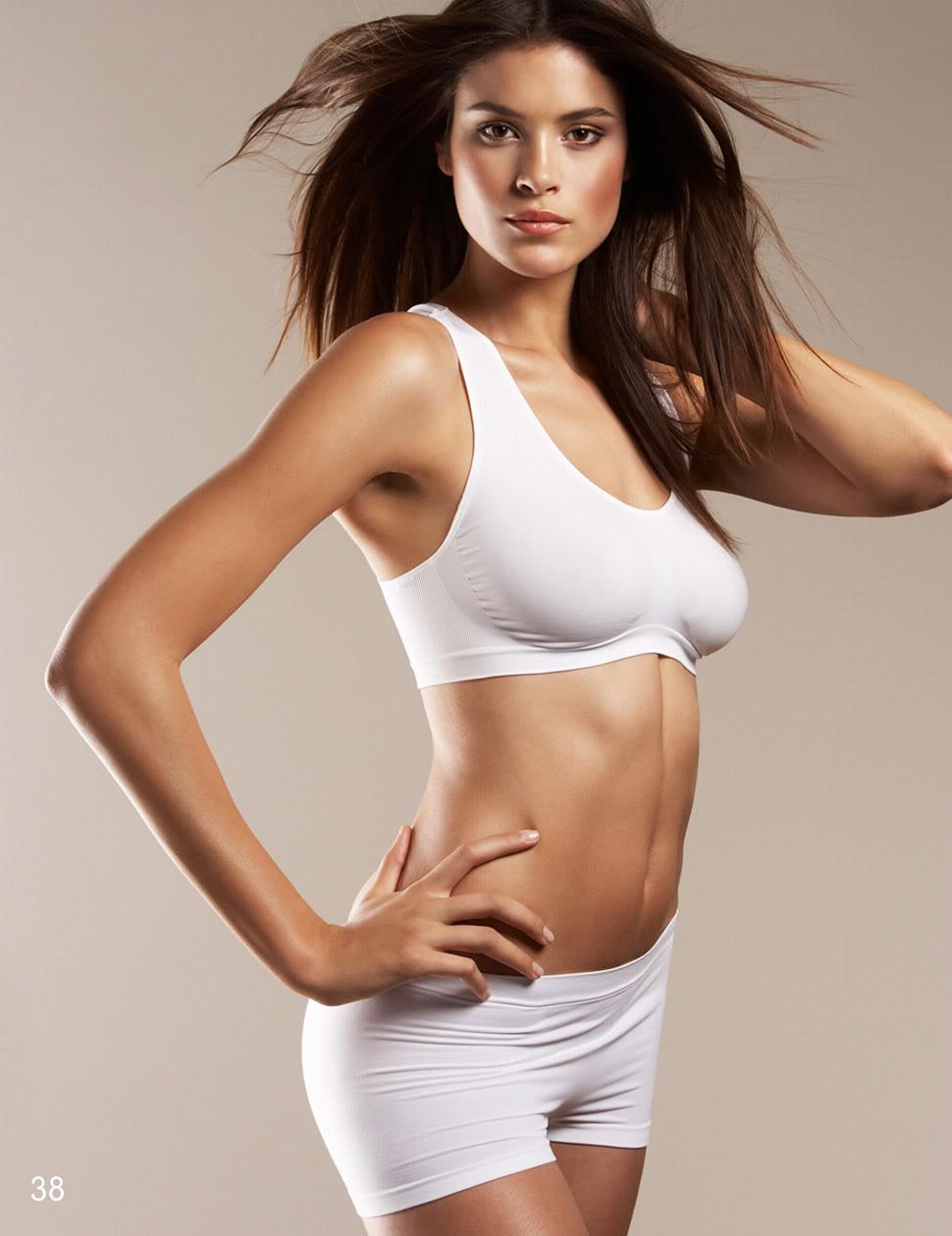 Celebrity Pics: Jenna Pietersen