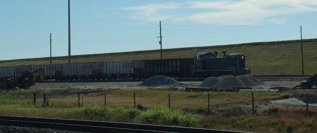 Ferrocarril y trenes en las minas